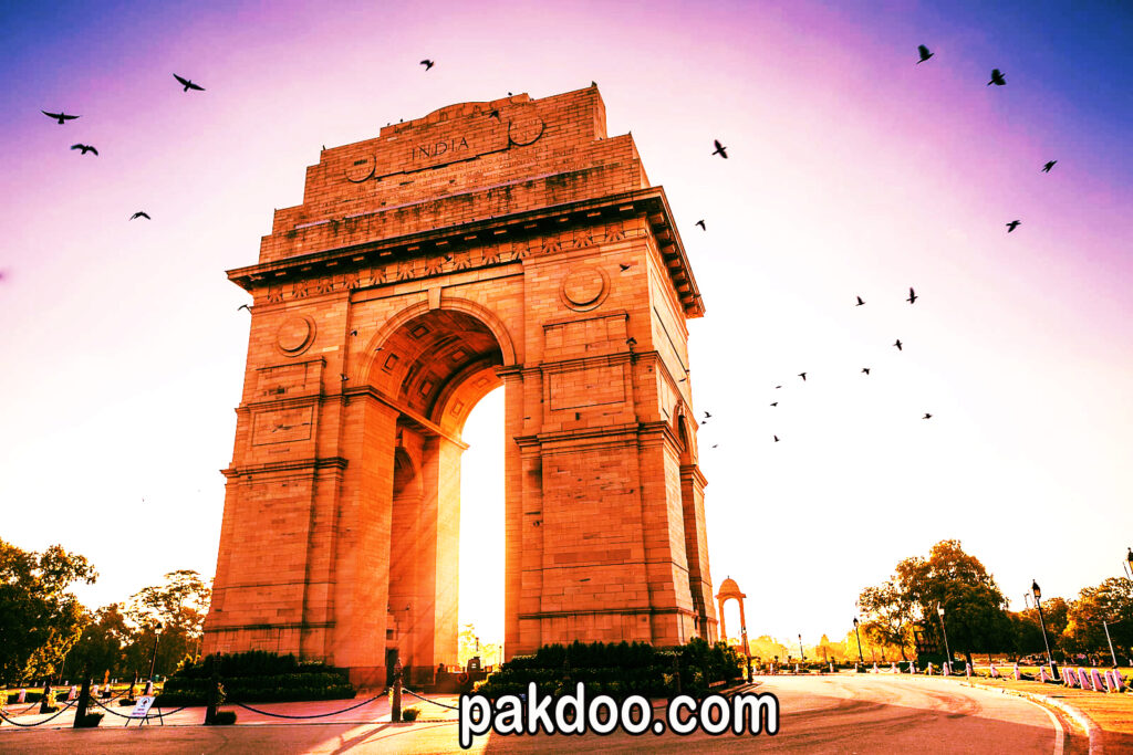 best historical places in delhi to visit-india gate | pakdoo.com
