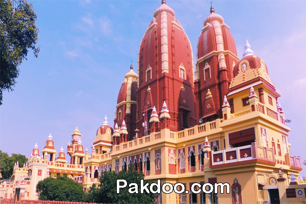 Best Worship Place for travelers and visitors in delhi-ISKCON temple